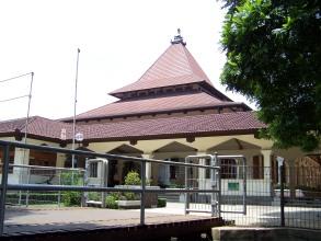 Masjid (samping)